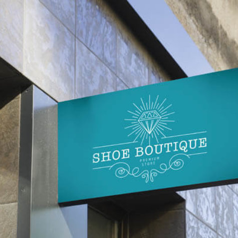 Boutique-Schild mit ChromaLuxe