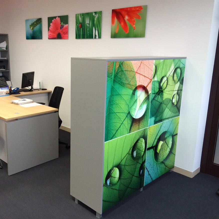 Büro-Korpus mit ChromaLuxe-Oberfläche